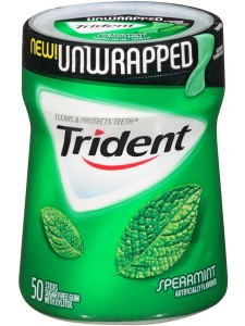 Trident Unwrapped 50 stick container